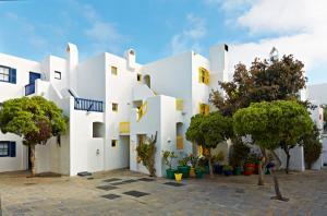West-Coast-Way-Club-Mykonos-06